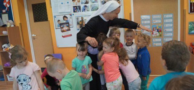 Pożegnanie siostry nowicjuszki Katarzyny.