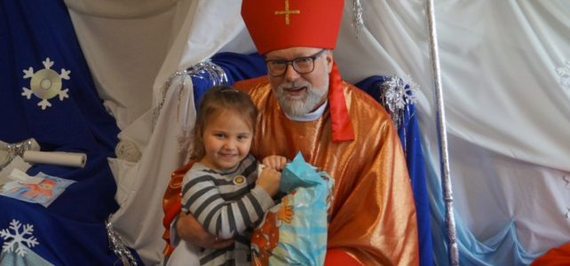 Spotkanie ze św. Mikołajem.